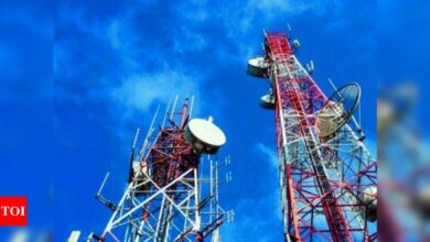 Photo of DoT gets Rs 2,307 crore from Jio, Airtel by assigning some spectrum immediately, instead of later